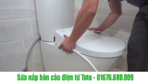 Sửa nắp bồn cầu điện tử Toto